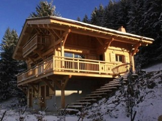 Holiday centre by the pistes