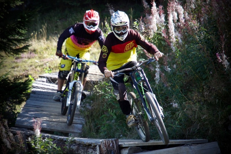 800x600-bike-park-le-carroz-1-3644501-1-123