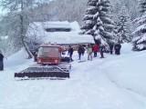 Traction des skieurs en dameuse Haute Combe