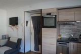 Salon / Kitchenette