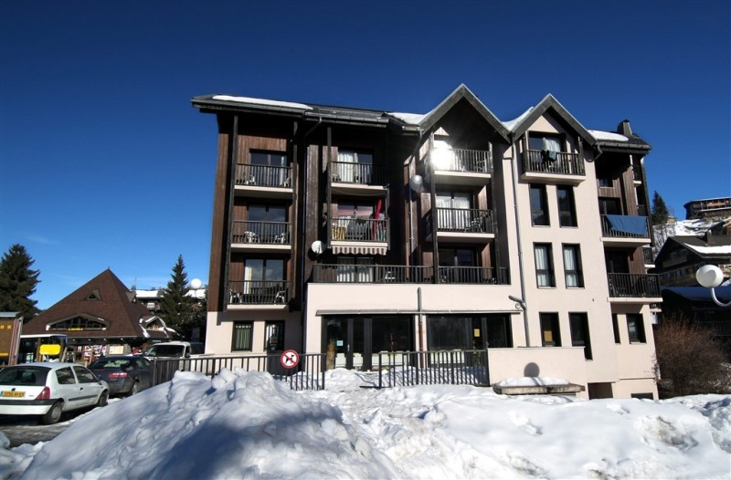 location-hiver-les-carroz-grand-massif-residence-odalys-sunhotel