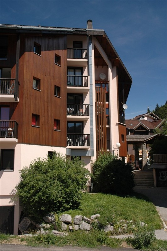 vacances-ete-les-carroz-residence-odalys-sunhotel